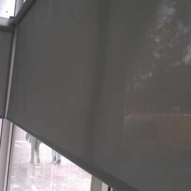 LG Mont_senčenje izloga rolo_zavesa_screen